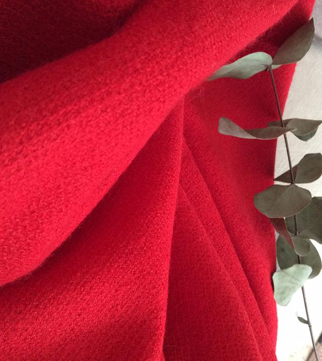 tissu bouclette rouge