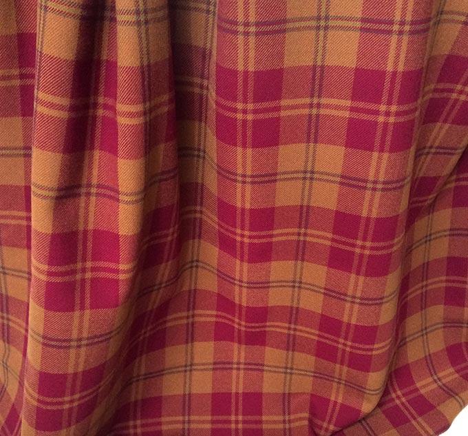 Tissu à carreaux marron