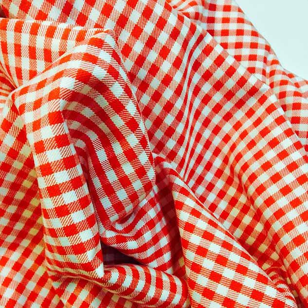 Coupon tissu vichy rouge cardailhac