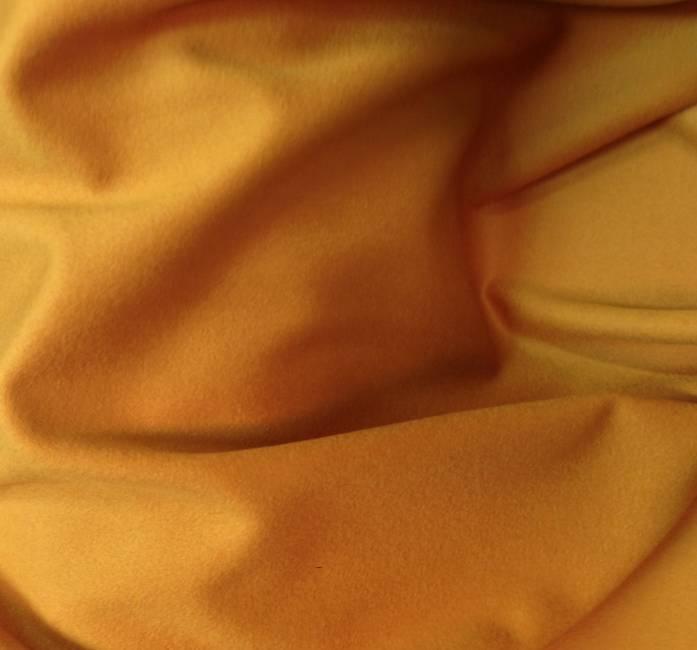 Drap de laine cuivré