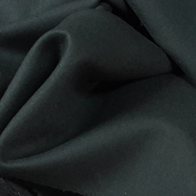 laine peignée vert sapin