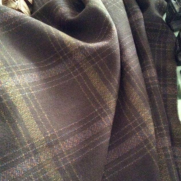 Tissu à carreaux laine cardailhac