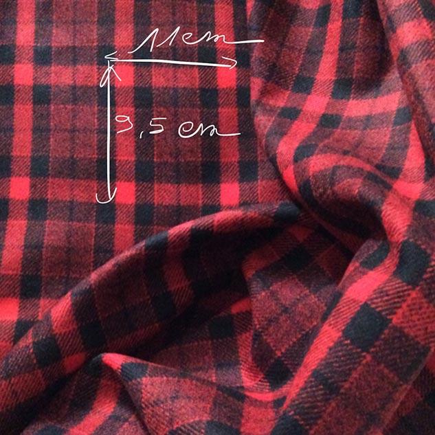 Tissu à carreaux rouge