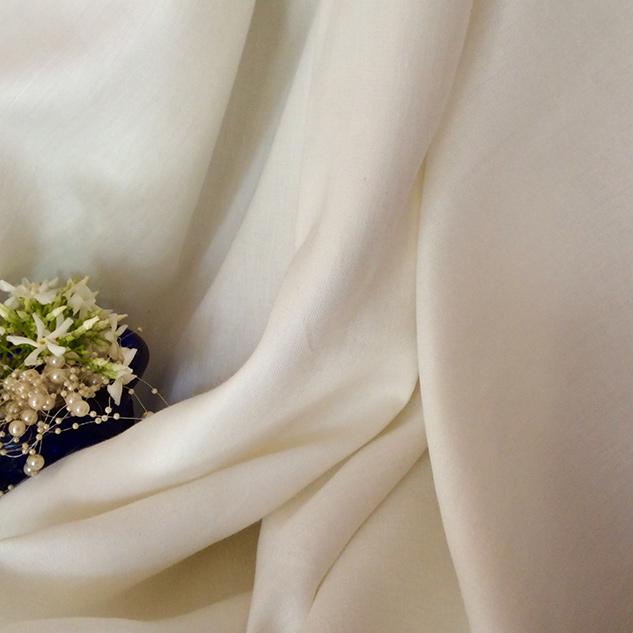 Tissu en lin blanc pour rideaux