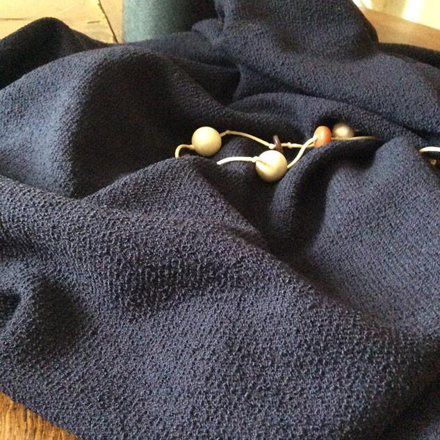 tissu couture bleu