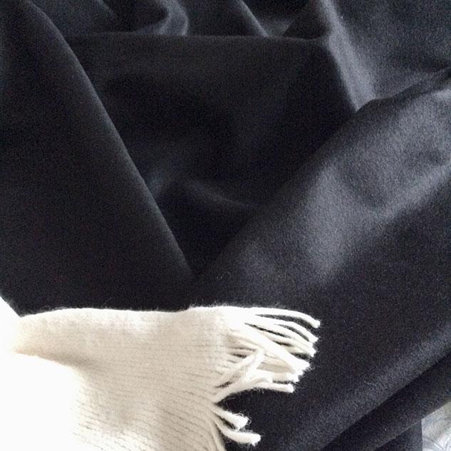 tissu cachemire et laine noir