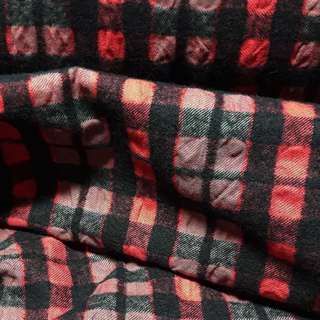 tissu couture noir et rouge