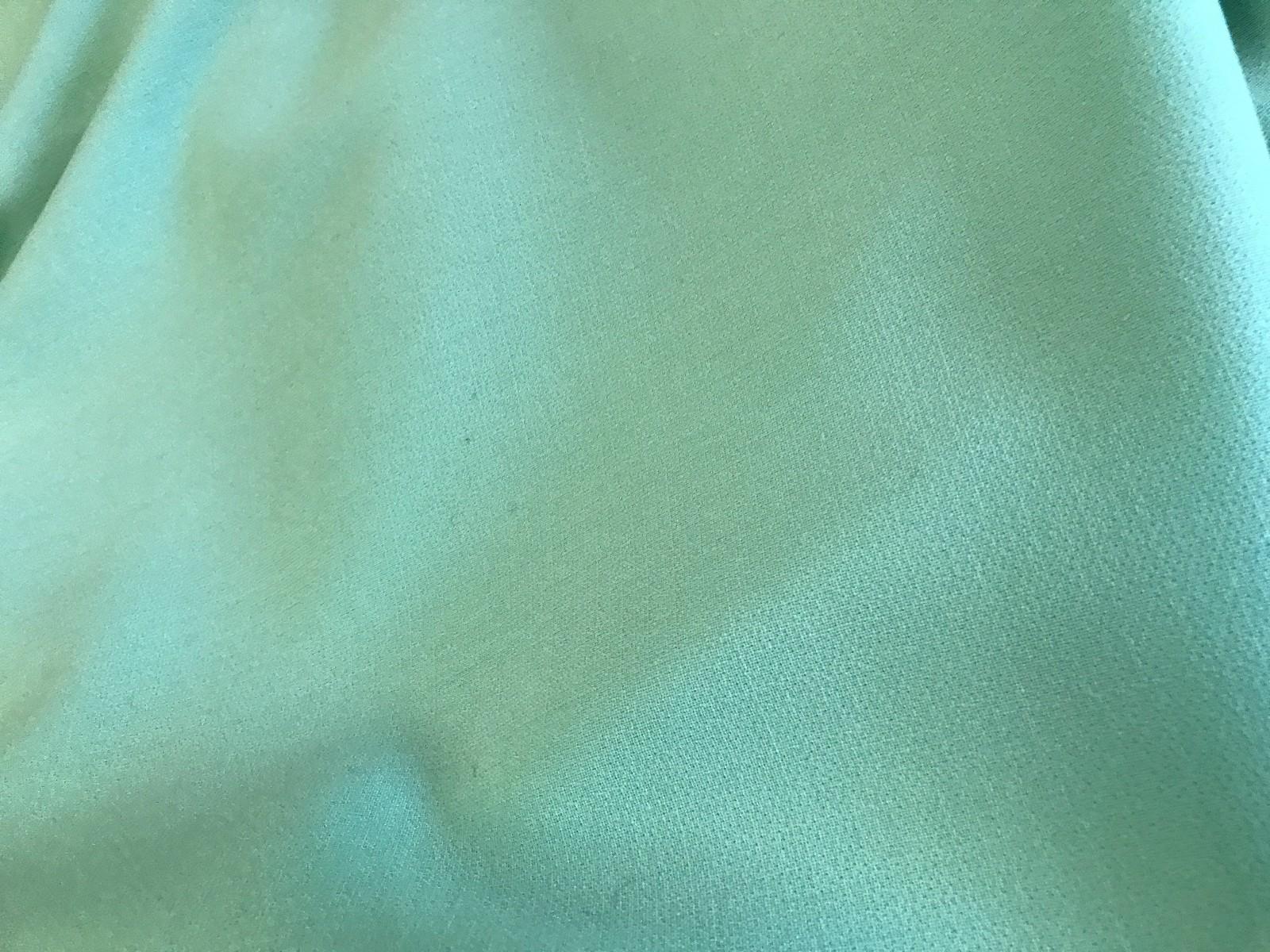 tissu crepe double de laine vert