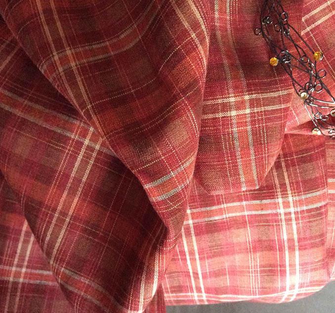 tissu écossais rouge brique