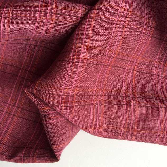 Tissu ecossais rose framboise