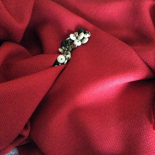 tissu laine rouge vif