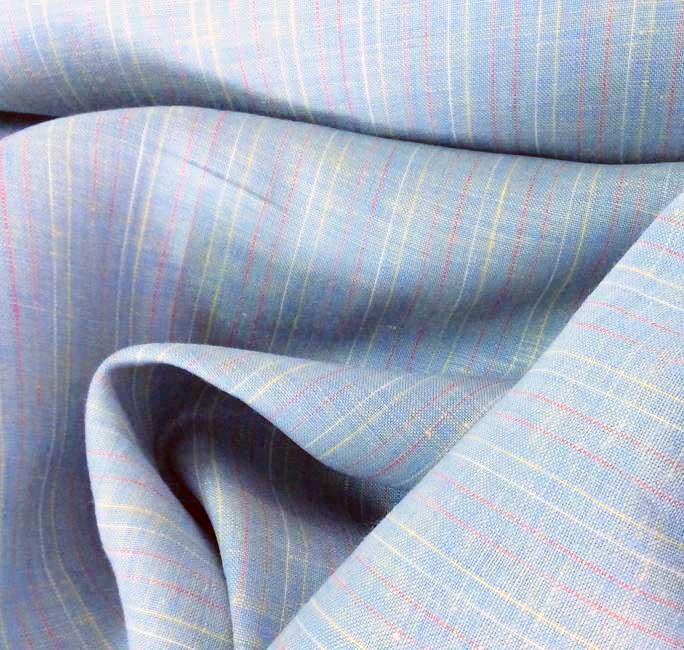 Tissu en lin bleu pastel rayé