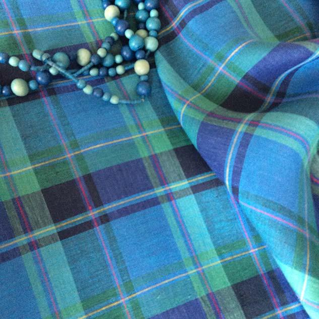 Tissu écossais en lin vert et bleu