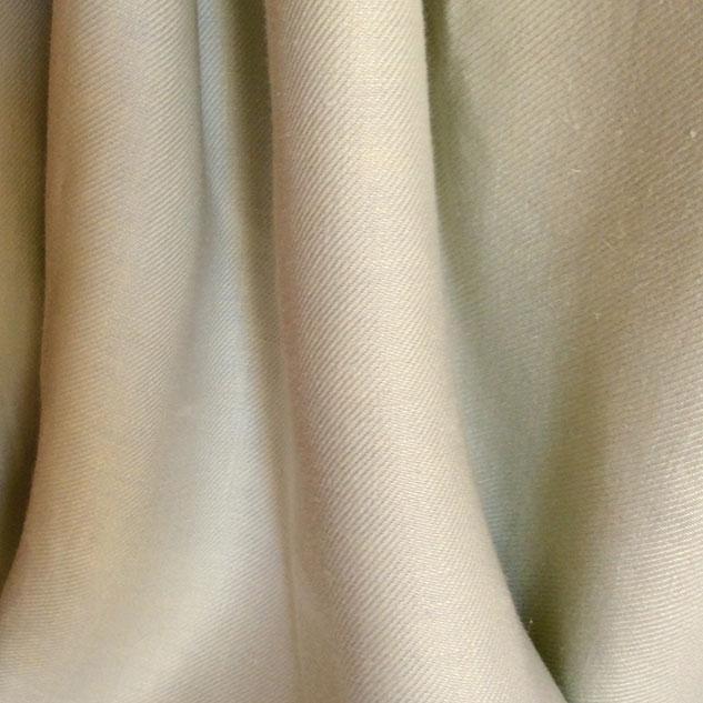 Tissu en lin diagonale