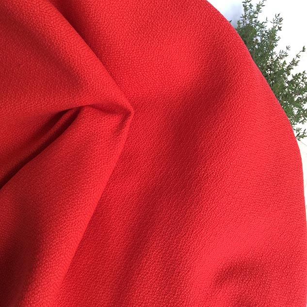 Tissu polypropylène rouge