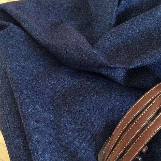 tissu chiné bleu profond