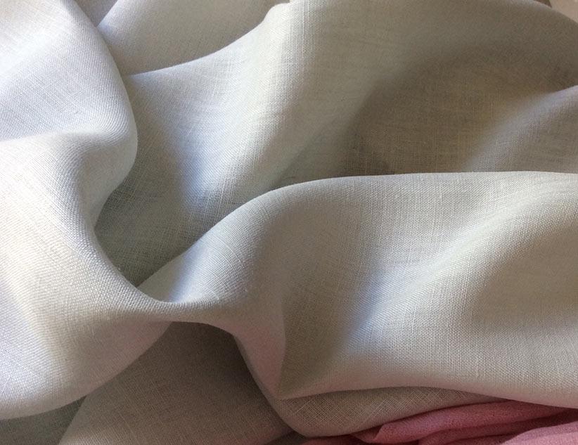tissu gris en lin de qualité