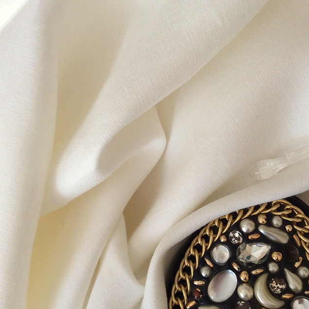 Tissu en lin blanc pour tailleur