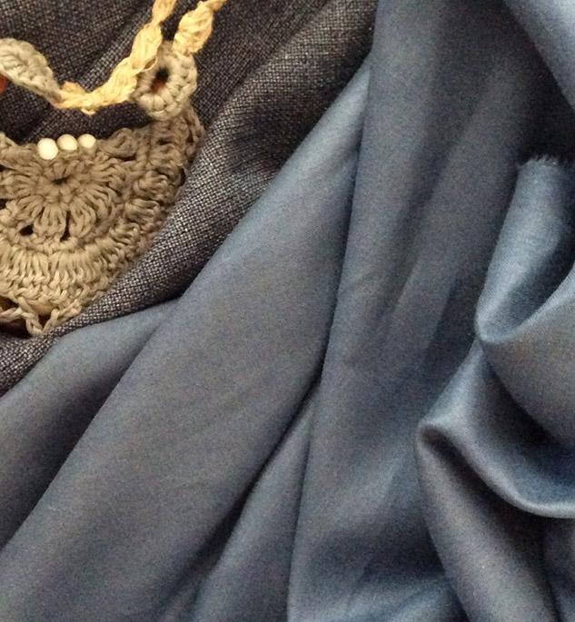 Tissu bleu lin de qualité cardailhac