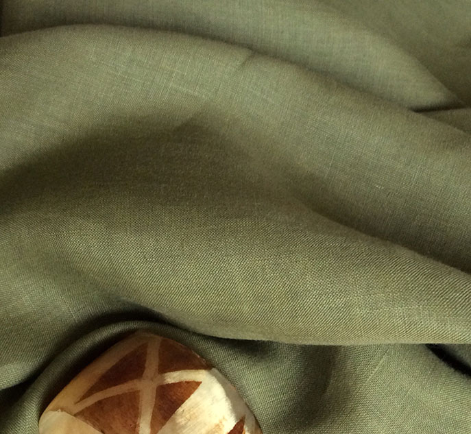 Tissu vert kaki lin de qualité cardailhac