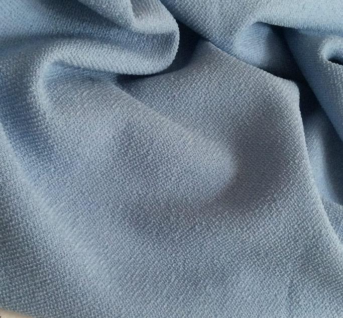 tissu bleu ciel pour jupe bouclette