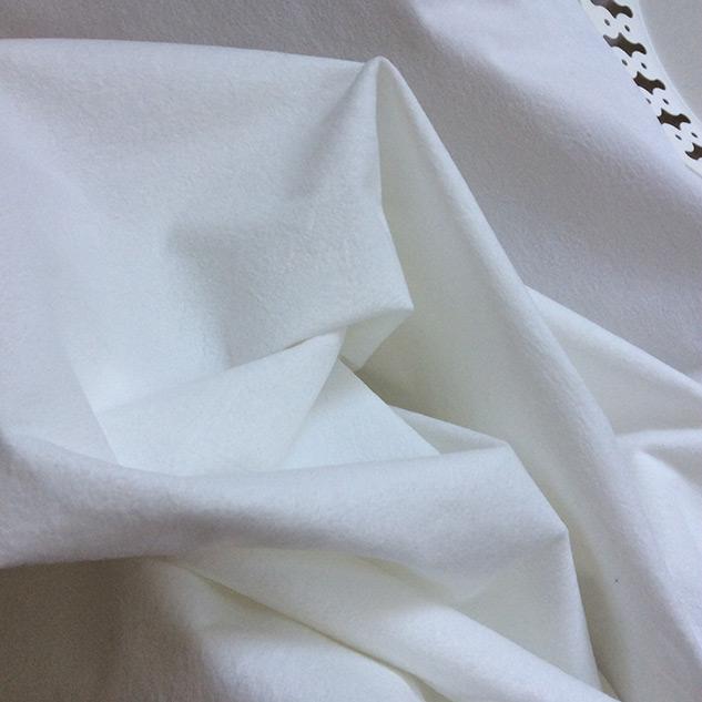 tissu blanc doux