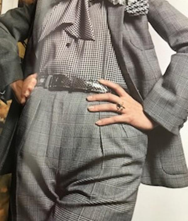 Tailleur réalisé dans un tissu Prince de Galles