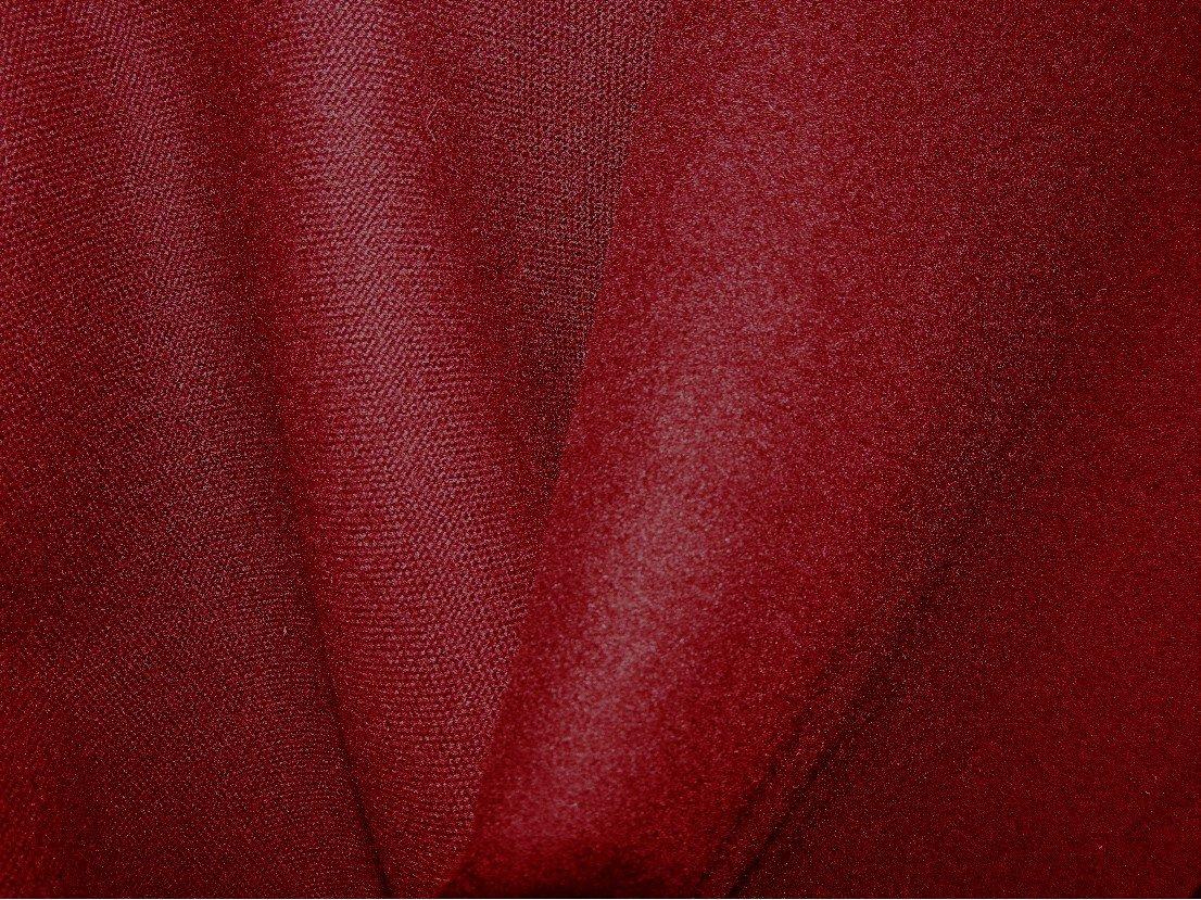 tissu polyester non feu m1 trevira cs rouge