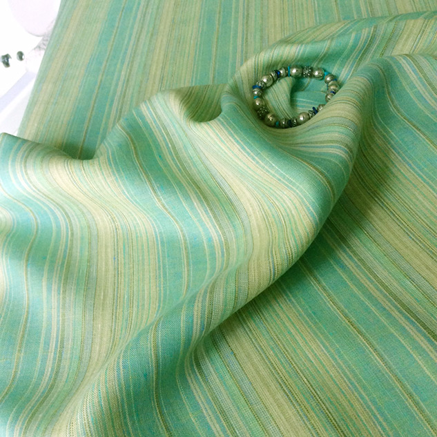 Tissu vert menthe rayé