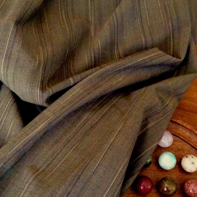 tissu fines rayures marron
