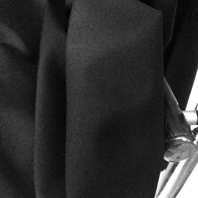 tissu noir au mètre