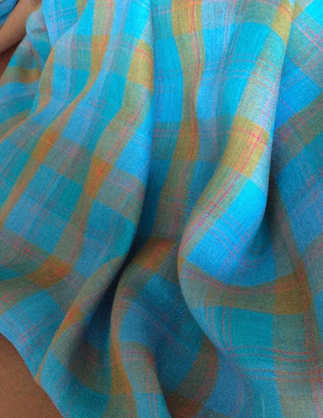 tissu carreaux turquoise et kaki