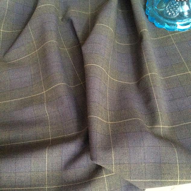 tissu gris a carreau