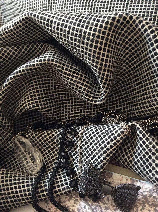 tissu petits carreaux noir et blanc
