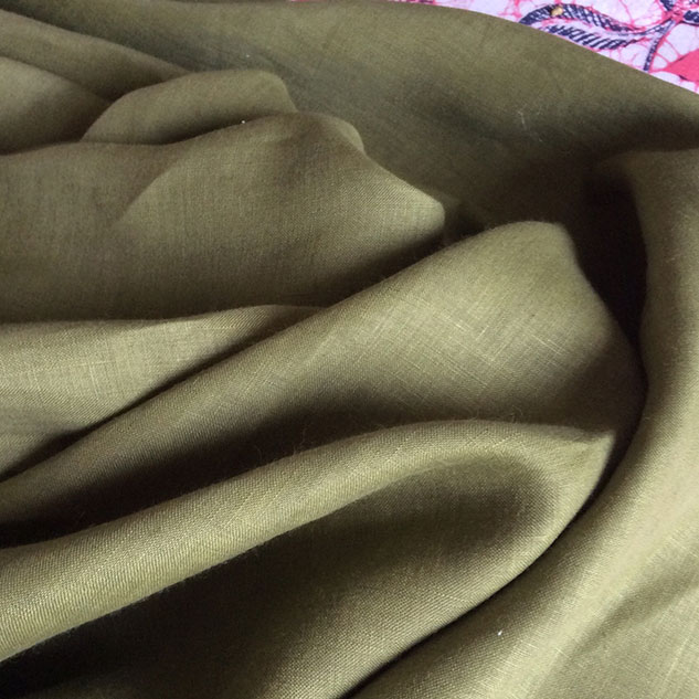 Tissu toile de lin vert kaki