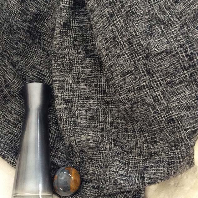 tweed artisanal noir et blanc