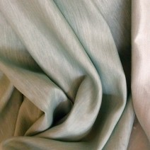 Tissu brillant pour voilage