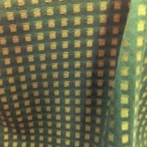 Drap de laine effet damier kaki