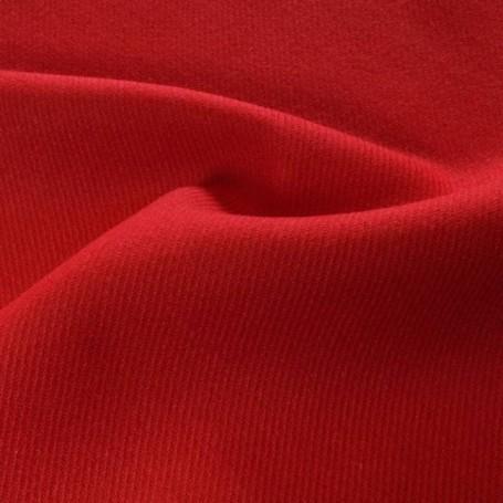 Drap de laine rouge