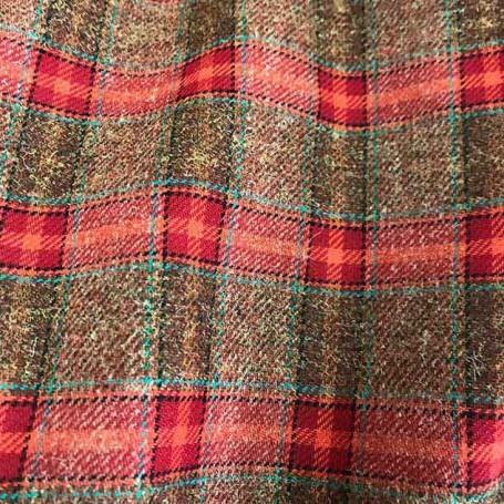tissu ecossais marron rouge