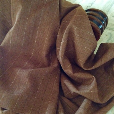 tissu marron clair rayé