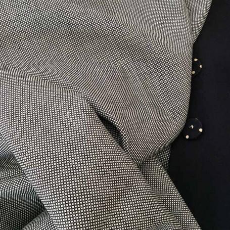 tissu noir et blanc costume