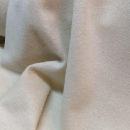 Tissu de laine mohair écru