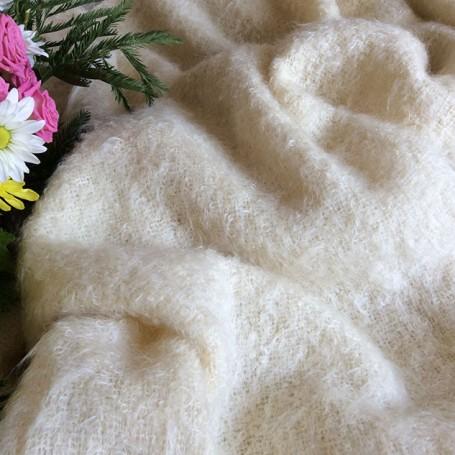 Tissu de laine en mohair écru