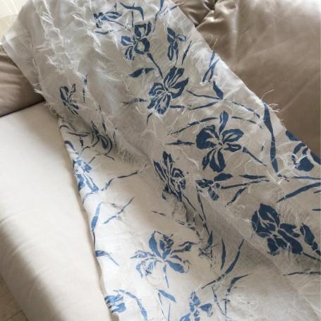 Tissu lin artisanal imprimé bleu nacré