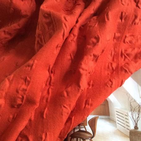 tissu capucine velours