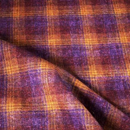 Tissu écossais en laine violet